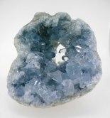 Geoda de celestina. La encontraréis en nuestra tienda online: http://www.vivescortadaimport.com/es/en-bruto/613-celestina.html