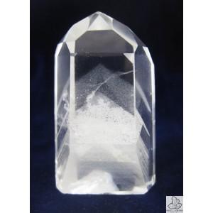 Cuarzo fantasma. Lo encontraréis en nuestra tienda online: http://www.vivescortadaimport.com/es/puntas/1755-puntas-pulidas-de-cuarzo-calidad-a.html